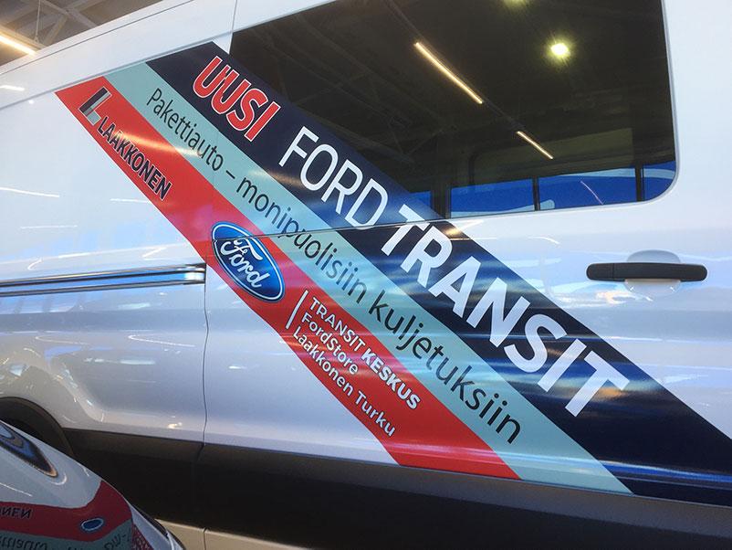 transit-esittelyauto